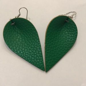 """Just in🆕Solid Green """"Leaf"""" Faux Leather Earrings"""